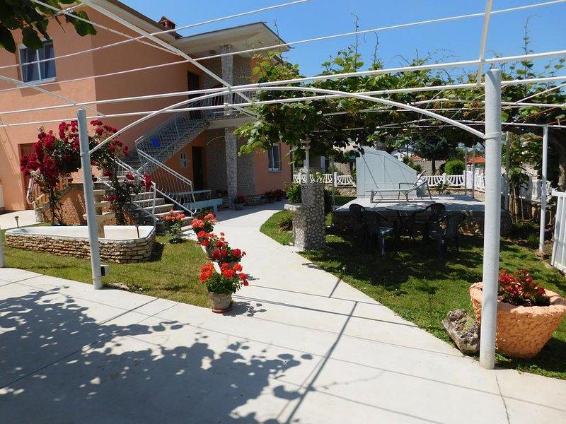 Holiday apartment 'Vala', aluguéis de temporada em Valbandon
