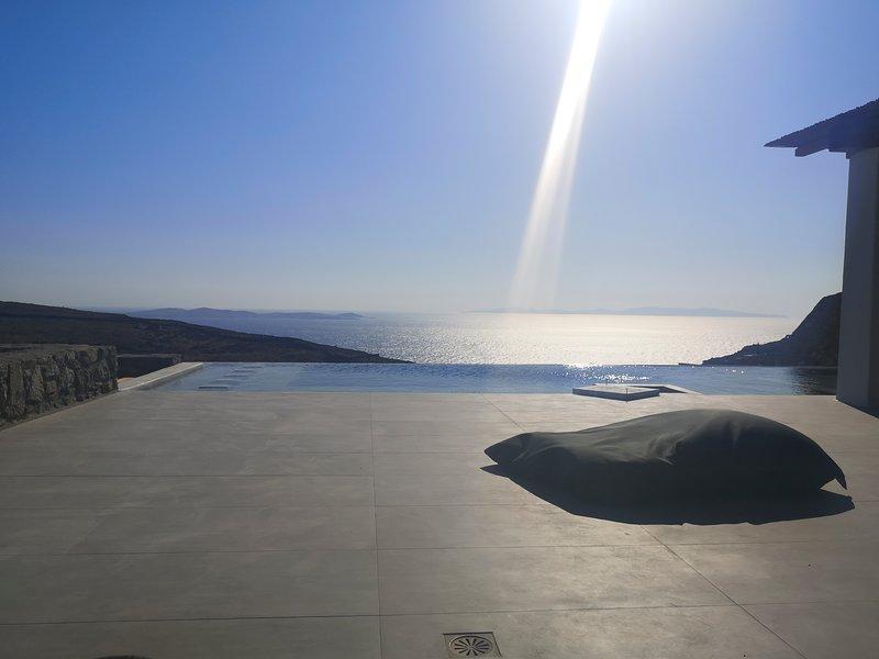 AURA New Villa, holiday rental in Faros Armenistis