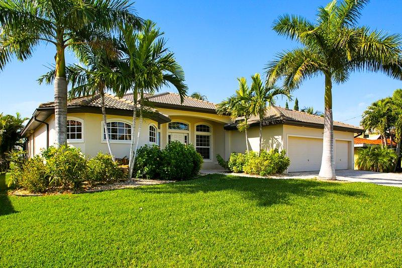 Vacation Rentals - Villa Santa Rosa front entrance