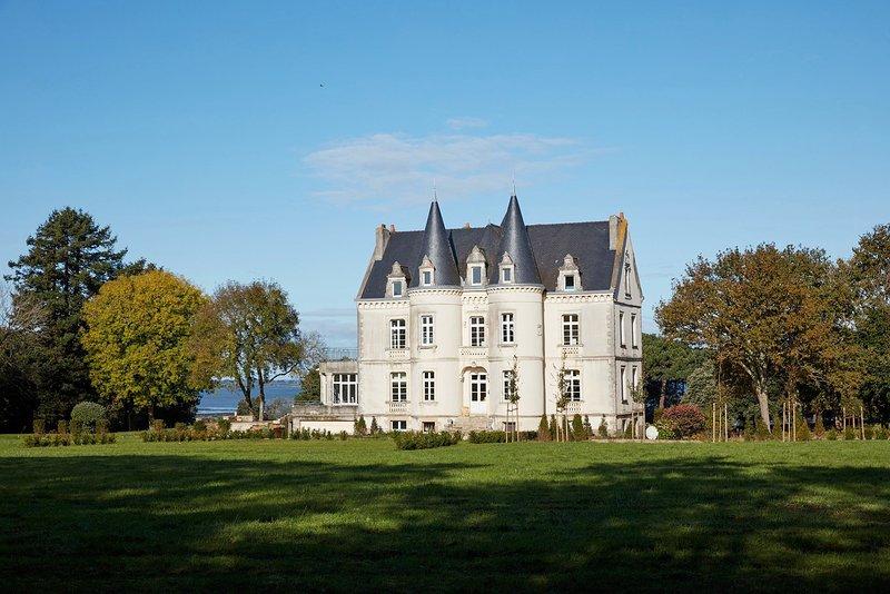 Chateau de Kergeorget - Vue sur le Golfe, location de vacances à Saint-Armel