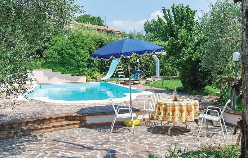 LA CASA NEL VERDE, holiday rental in San Liberato