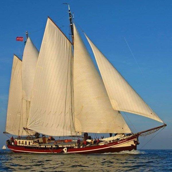 'WATERWOLF' Traditional Dutch sailing ship, holiday rental in Zaandam