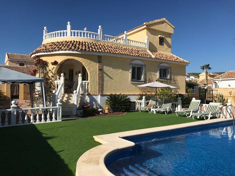 Fantastic Holiday Villa, vacation rental in Mazarron