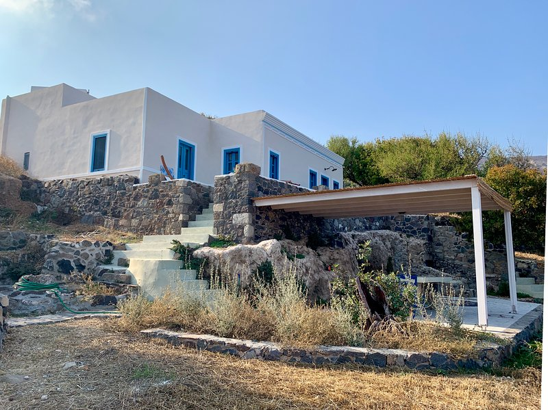 Traumhaus Nisyros, holiday rental in Mandraki