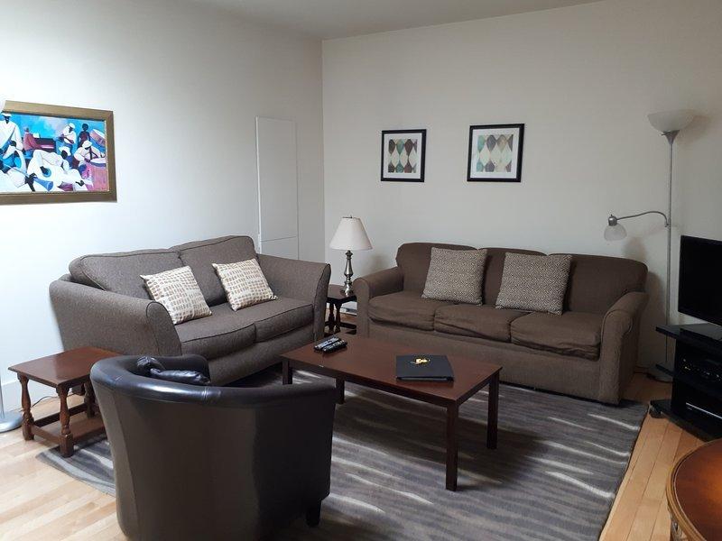 34-401-CENTRAL 2 Bedroom Condo in the Heart of Old Quebec City, location de vacances à Québec (ville)