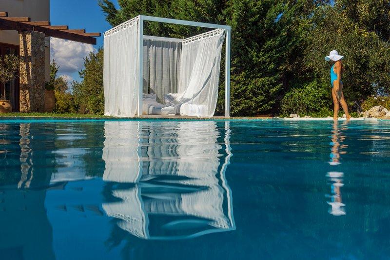 Luxuy Villa Piedra Corfu, Greece, holiday rental in Kastania