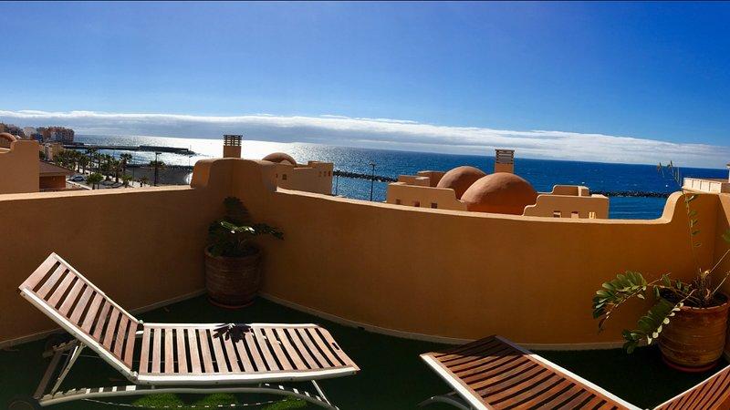 Increíble Duplex Vista Mar con Piscina, vacation rental in Puertito de Guimar