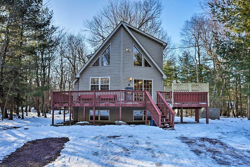 Dieses Ferienhaus mit 6 Betten und 3 Bädern in Lake Harmony erwartet Sie.