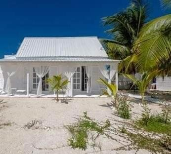 La Pequena Dama, holiday rental in Caye Caulker