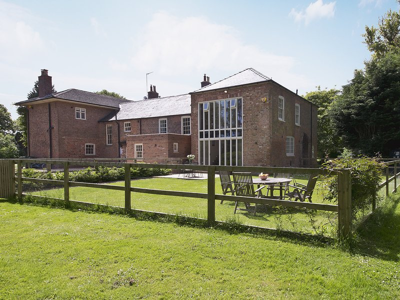 Curlew Barn, holiday rental in Wisbech Saint Mary