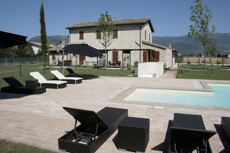 Villa del Sole, holiday rental in Foligno