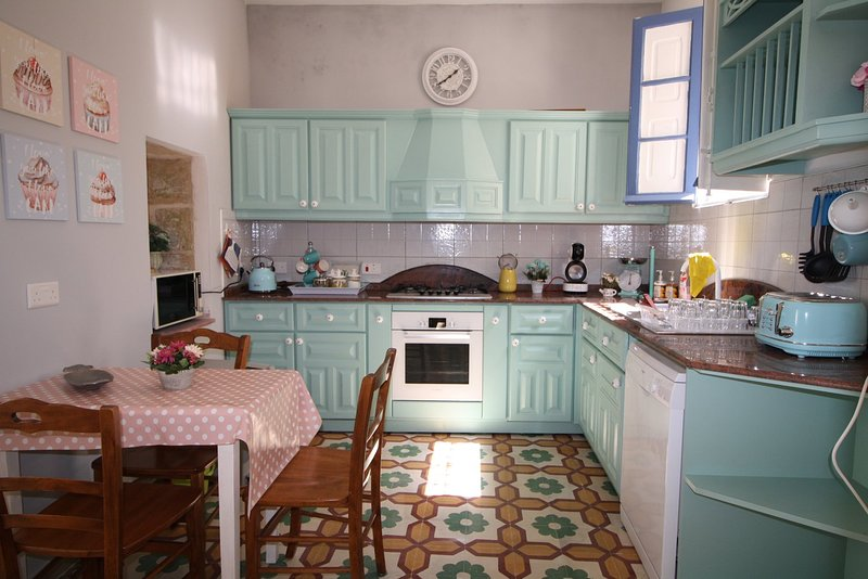 Zerqa Town House, vacation rental in Mqabba