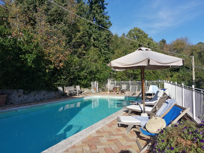 Villa Moscardini, just 15 minutes drive from the beach. Up to 11 pax with pool!, holiday rental in Sassetta