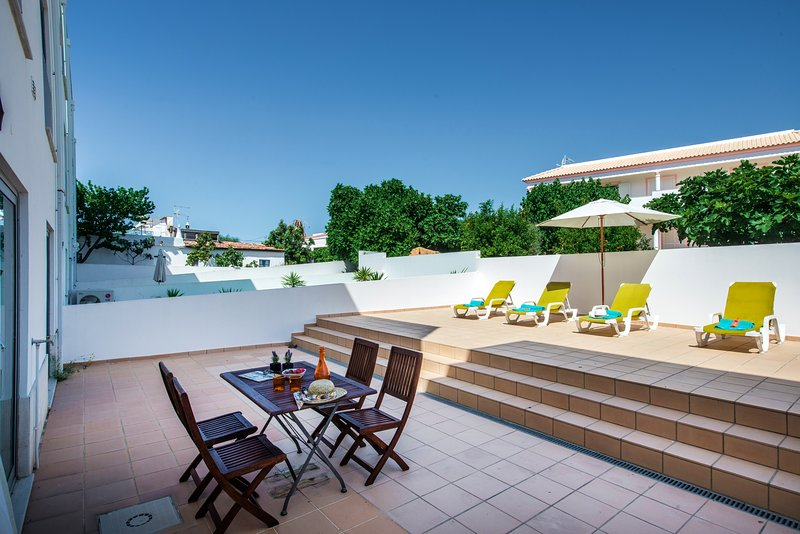 Apartment Limonera |Beautiful 2 bedroom garden apartment, holiday rental in Moncarapacho