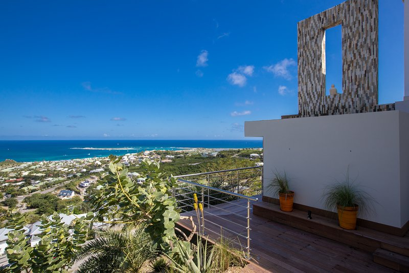 Orient Sunrise, 3 BR vacation rental in Orient Bay, St Martin