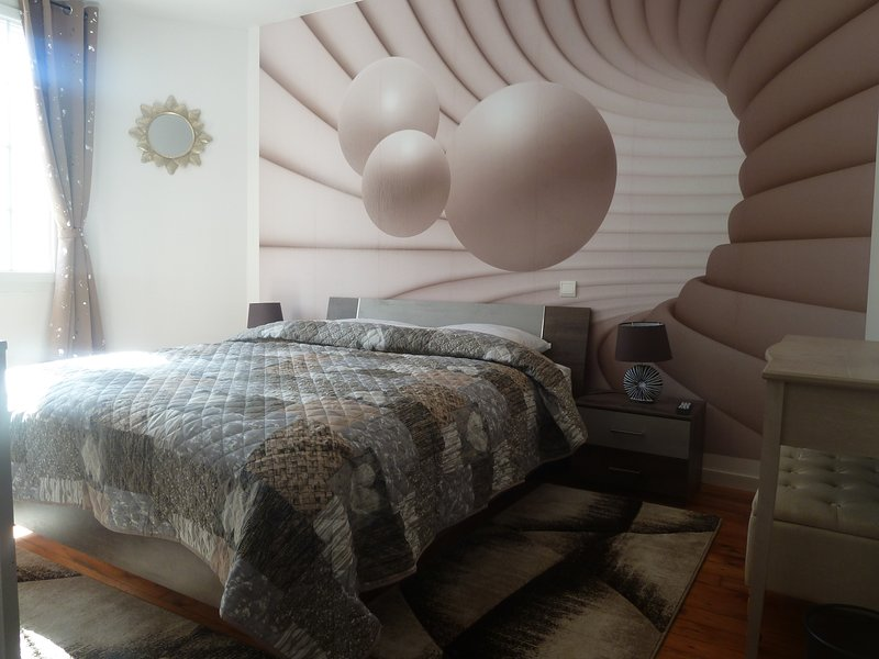 Chambre balnéo, vacation rental in Escos