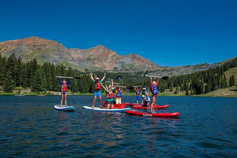 Leisure Activities,Outdoors,Nature,Water,Transportation