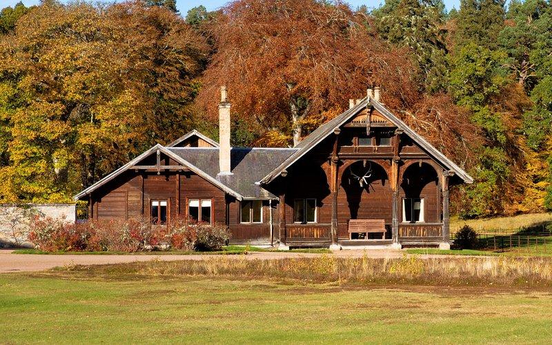 The Wooden House - Glenferness Estate, Ferienwohnung in Nairn