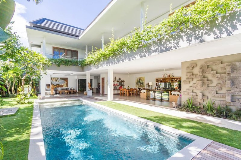 Incredible pool