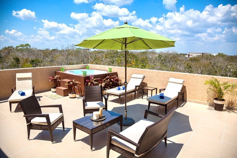 Private furnished rooftop