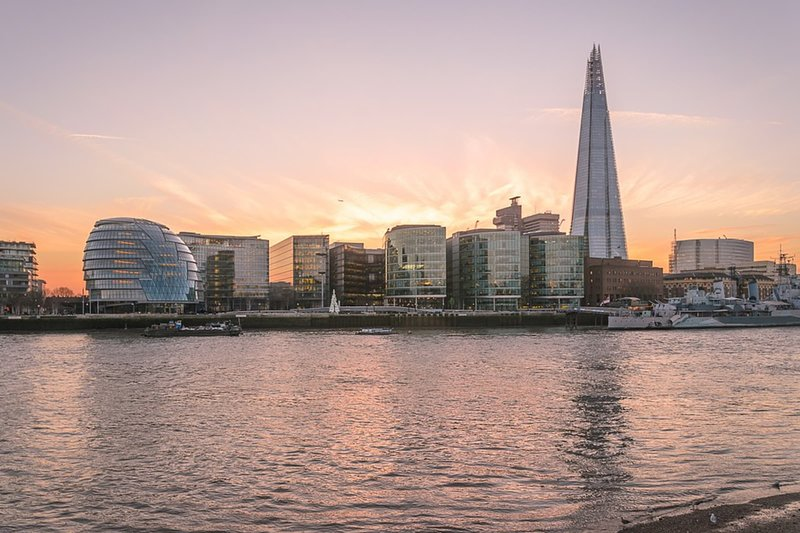 London vid Themsen