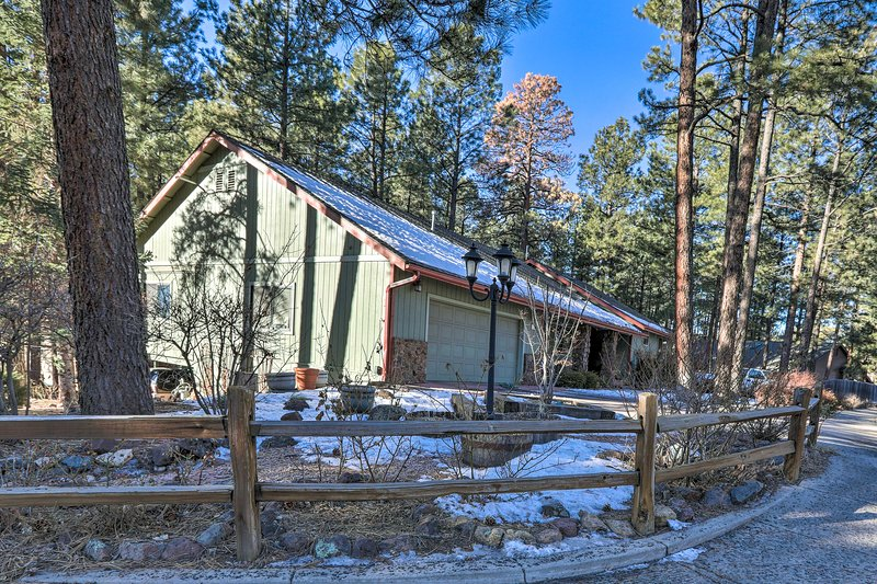 Your next Flagstaff getaway begins at this charming studio!