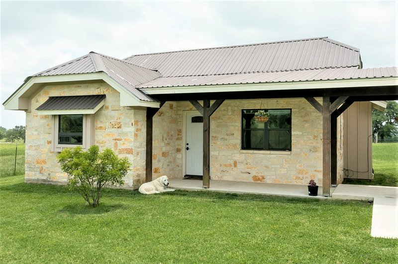 Lone Wolf Ranch, holiday rental in Harper