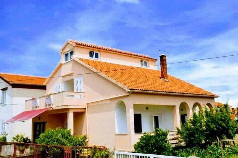 Three bedroom house Preko, Ugljan (K-18077), holiday rental in Preko