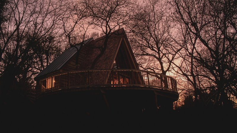 The Hudnalls Hideout - Luxury Wye Valley Treehouse, holiday rental in Llandogo