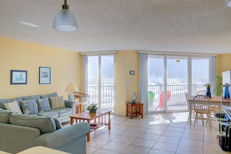 St. Regis 1406 Oceanfront! |  Indoor Pool, Outdoor Pool, Hot Tub, Tennis Courts,, vacation rental in North Topsail Beach