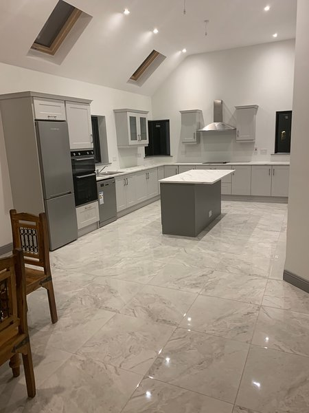 Stunning 3-Bed House in Kinnegad, holiday rental in Tullamore
