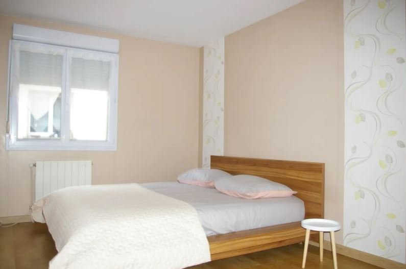 Big house with garden & terrace, holiday rental in Fixin