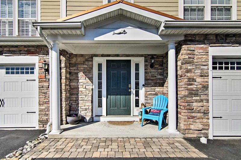 Pristine Townhome Near Bethany Beach & Boardwalk!, vacation rental in South Bethany