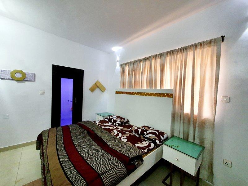 Ikeja Short-lets Lagos 3 Bedroom Apartment, vakantiewoning in Nigeria