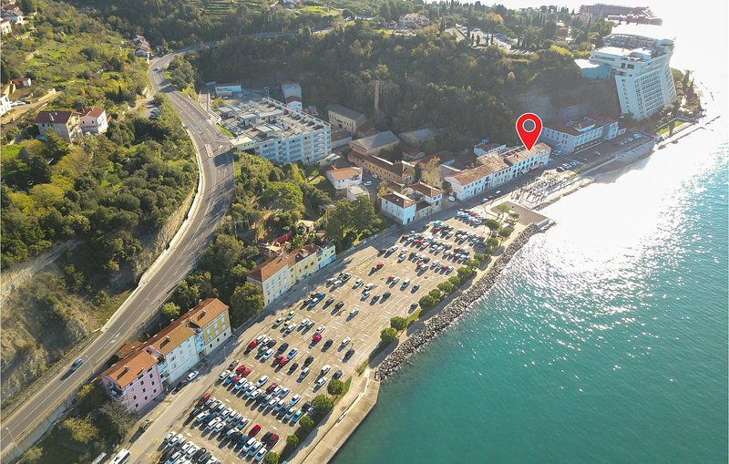Stunning home in Piran with 2 Bedrooms (SCR263), holiday rental in Piran