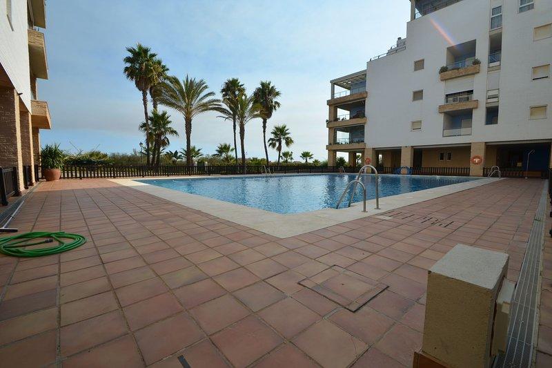 SOLMARES ESPIGÓN PONIENTE 12, holiday rental in Punta del Moral