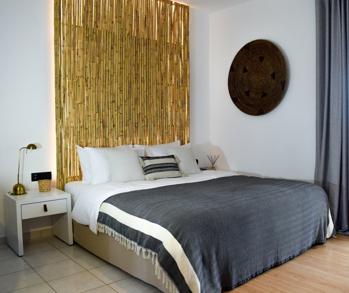 Spacious superior room in a peaceful environment, location de vacances à Galatas