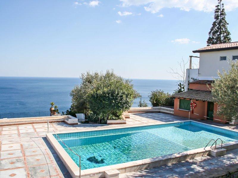 Terra Rossa Residence, holiday rental in Mazzaro