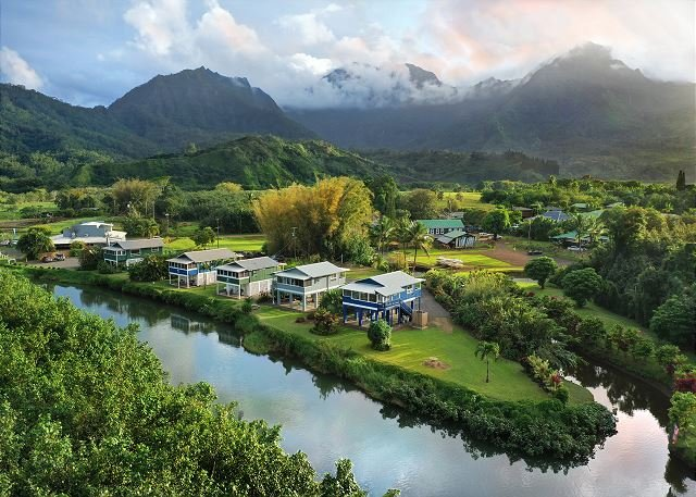 BE IN Hanalei & ON THE RIVER for a classic Kauai Experience! TVNC#4346, alquiler de vacaciones en Hanalei
