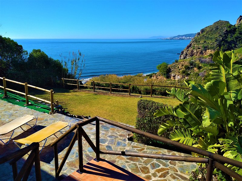 VILLA BELLA SIRENA, holiday rental in Nerja