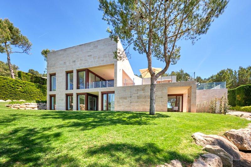 Villa Topaz by Cap Vermell Estate, location de vacances à Capdepera