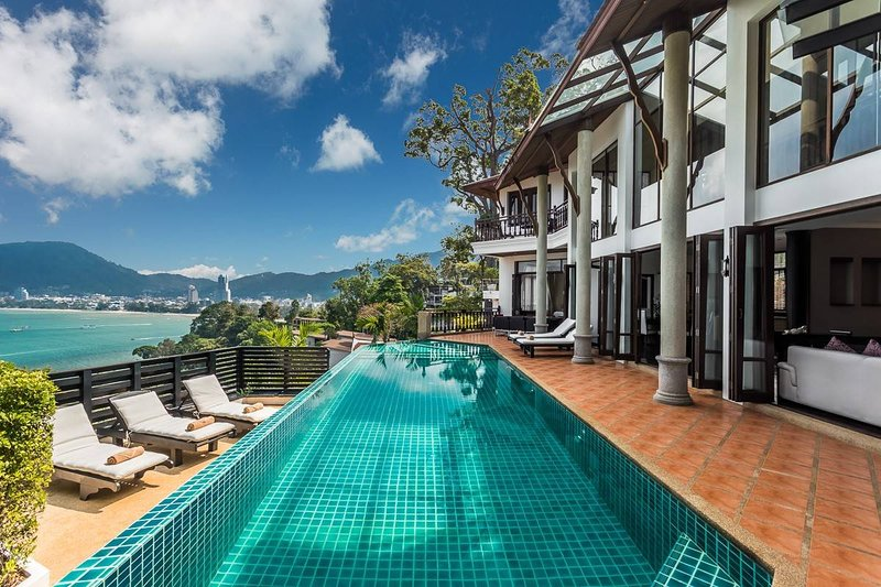 Baan Paradise - 5 Beds - Phuket, vacation rental in Patong