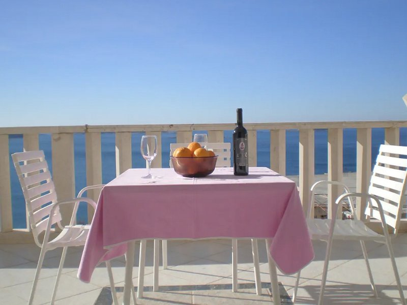 Apartment Blue Chill - Studio Apartment no.1, holiday rental in Soline