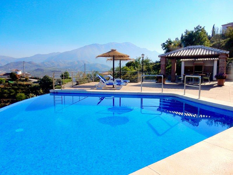 Villa Adelfas, holiday rental in Vinuela
