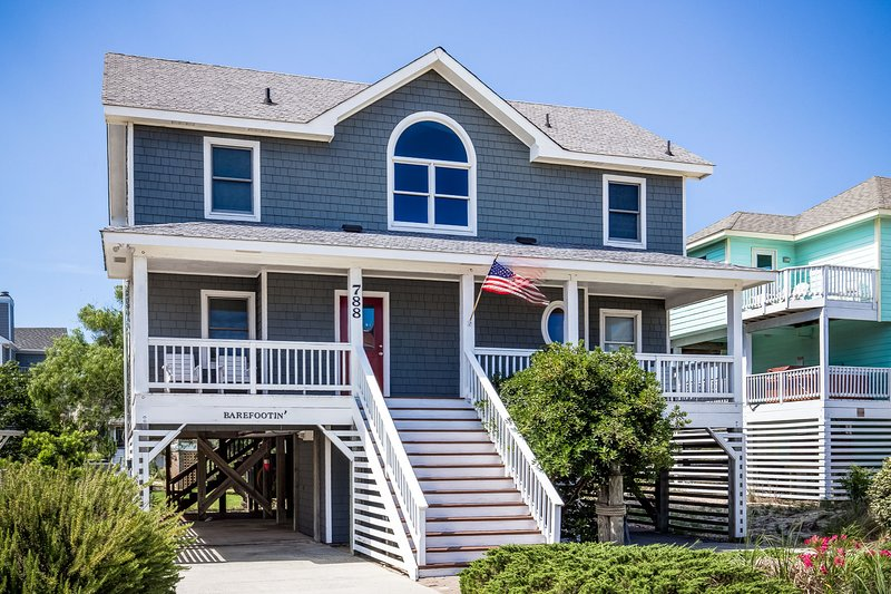 Barefootin' | 499 ft from the beach | Hot Tub, Community Pool | Corolla, alquiler de vacaciones en Corolla