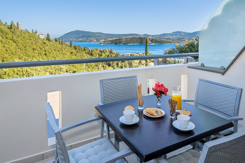 View this place, our guests are lovin' it :), holiday rental in Episkopos