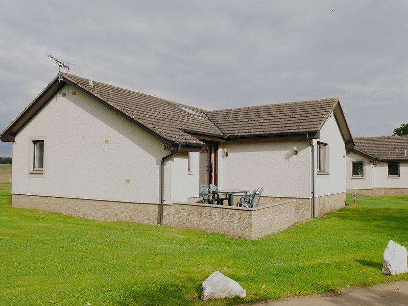 No. 61 Kilconquhar Castle Estate, with Leisure Club Access, holiday rental in Lundin Links