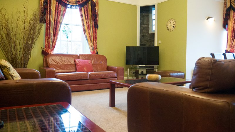 Apartment 5, Kilconquhar Castle, with Leisure Club Access, holiday rental in Colinsburgh