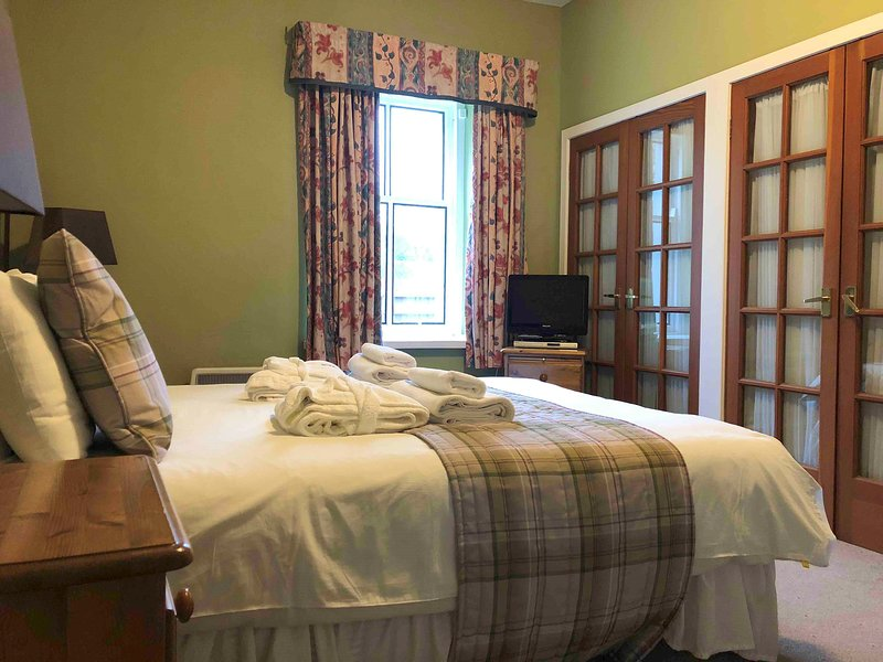 The Pines, Kilconquhar Castle Estate, with Leisure Club Access, holiday rental in Lundin Links