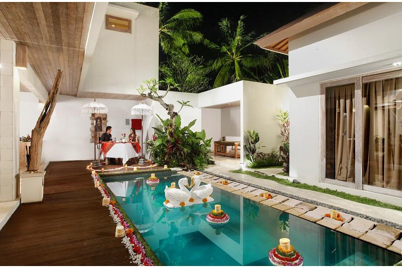 2 Bedroom Villa with Private Pool, vacation rental in Ubud